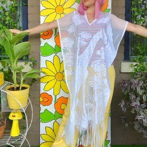 Vintage white fringe poncho cape boho hippie OSFM